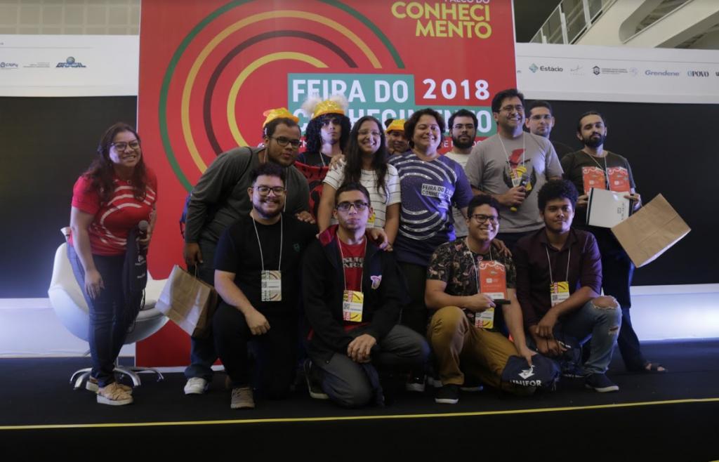 Foto oficial da premiação do Festival de Jogos do Ceará na Feira do Conhecimento